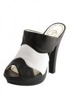 Балетная обувь